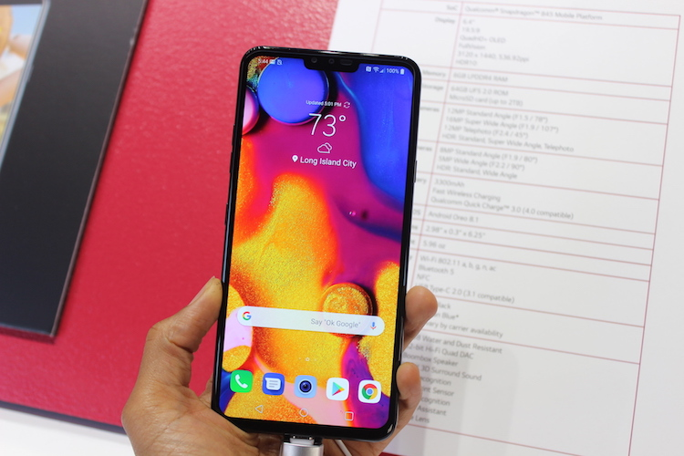 LG V40 ThinQ First Look: Camera Game Goes To The Next Level
